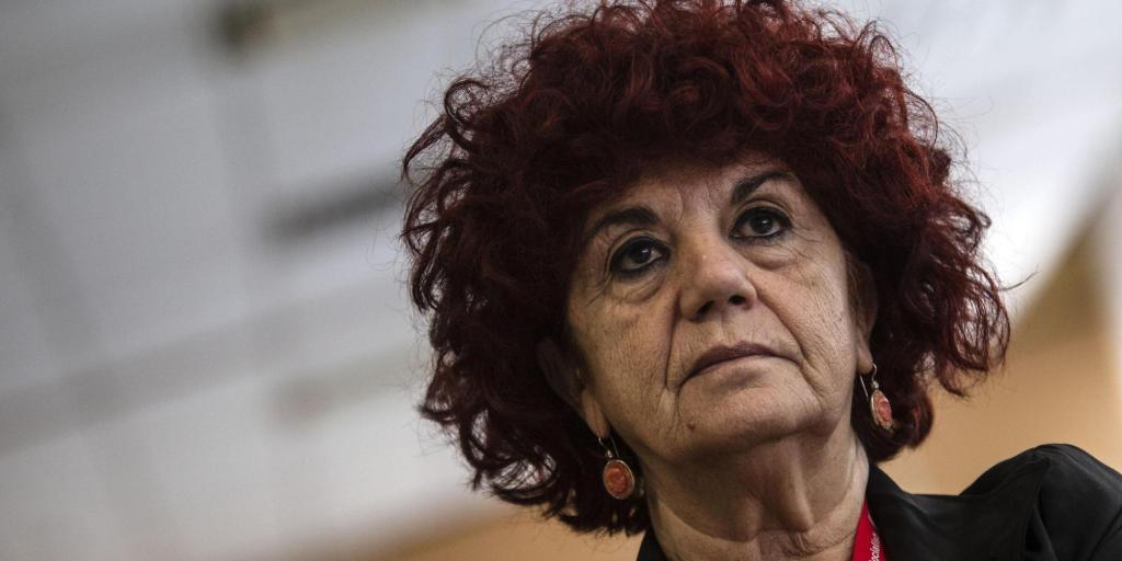 """Firenze, la ministra Fedeli: """"Concorsi truccati, i rettori si costituiscano parte civile"""""""